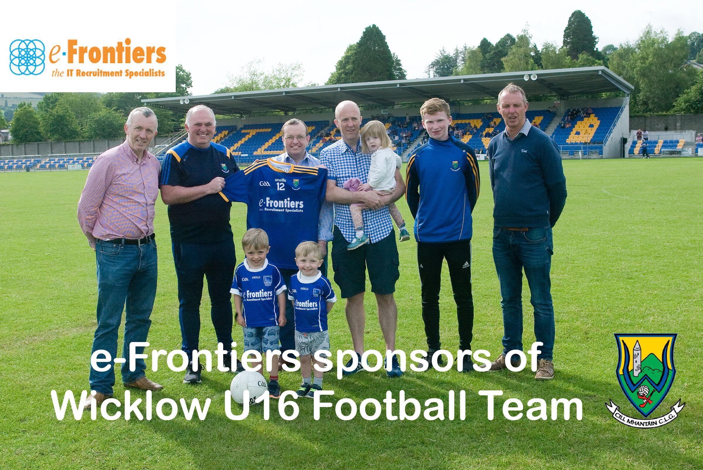 2eadf6c29b7c9f e-Frontiers present jerseys to U16 Football team